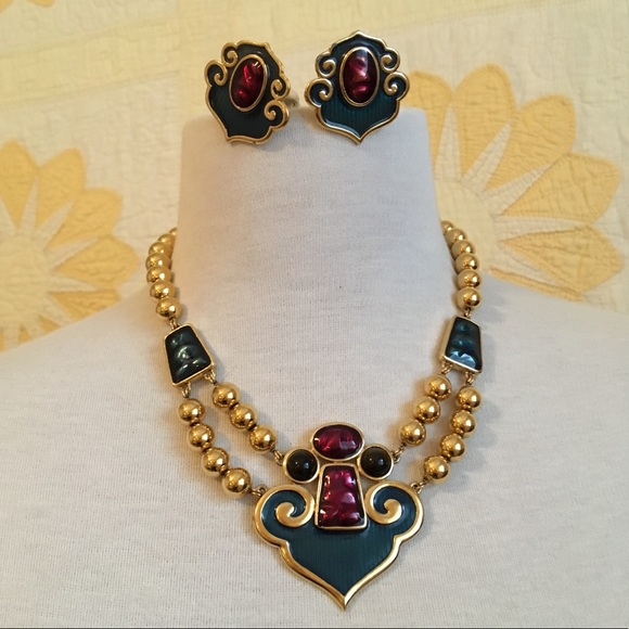 20094ff7a22 Vintage YSL Necklace Set. M_5c4cd47dc9bf504653f88094. Other Jewelry ...